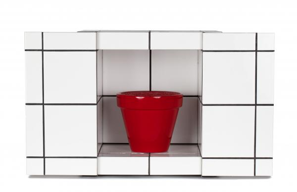 Jean-Pierre RAYNAUD (né en 1939)  - Pot rouge en carrelage, 1999  - Pot en terre [...]