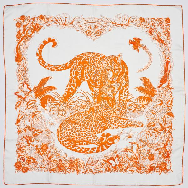 HERMÈS PARIS  -   - A CARRÉ made of printed silk with the title