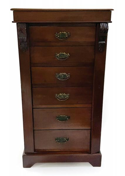 Georgian Mahogany Sidelock Chest , 19th c., corbel decorated stiles, six graduated [...]