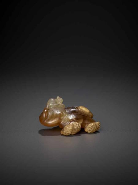 A CHALCEDONY PEANUTS AND JUJUBE CARVING, QING China, Qing Dynasty, 18th - 19th Century.