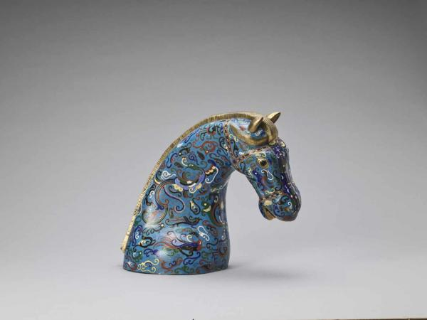 A GILT CLOISONNÉ ENAMEL HEAD OF A HORSE, REPUBLIC