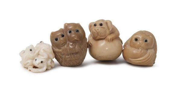 Asiatika - Japan - - Sammlung von 4 Tier-Netsuke. (19. Jhd.). Je aus Bein, variable [...]