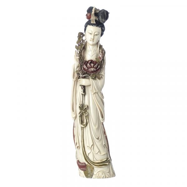 Guanyin in ivory, Minguo - China, Minguo period, ivory sculpture depicting divinity [...]
