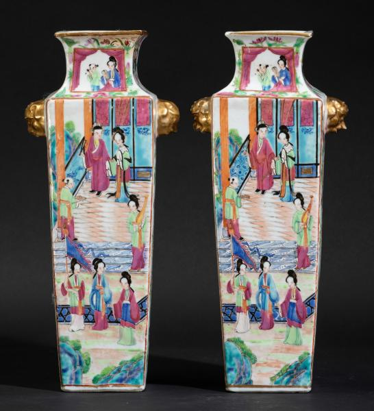 Two Pink Family vases, China, Qing Dynasty, 1800s - H 32cm -